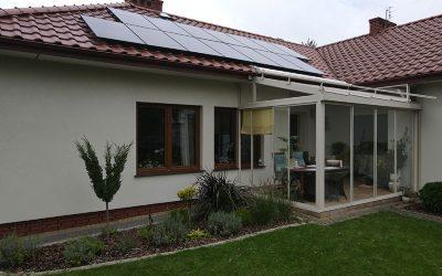 Dom jednorodzinny – ile paneli fotowoltaicznych potrzeba?